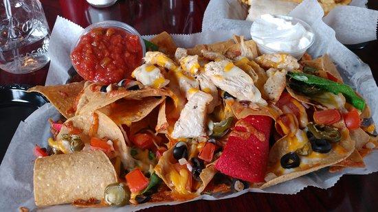 Naugatuck, Коннектикут: Grilled chicken nachos