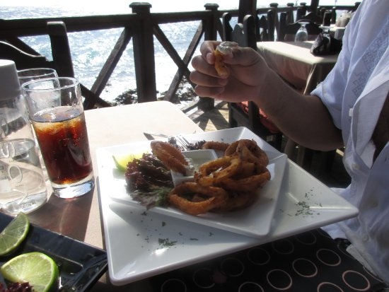 Perla Del Mar: Fried calamari