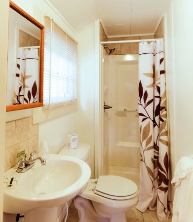 Weirs Beach, NH: Bathroom of Large Cottages - Typical