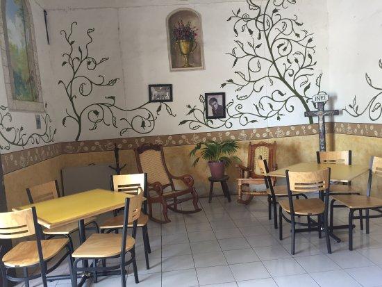 Izamal, Mexiko: Café Restaurante Los Arcos