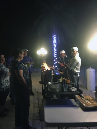 Caimán Brac: Friday BBQ !!