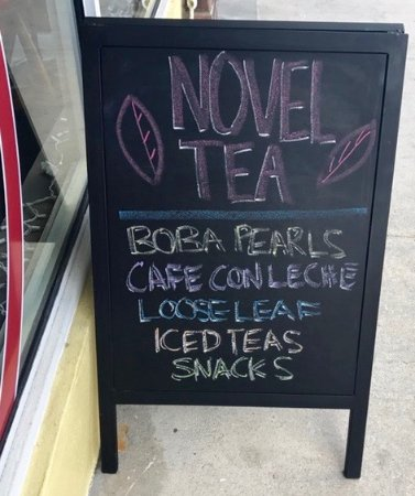 Wilton Manors, FL: Novel Tea Sign Outside