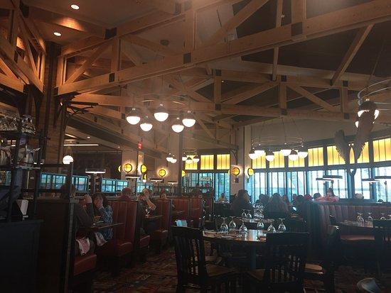 Ledyard, CT: Restaurant View