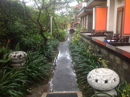 Grand Sinar Indah Hotel: The walkway