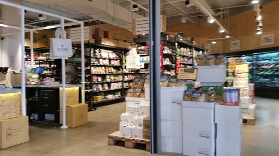 Brookvale, Australië: Grocery section