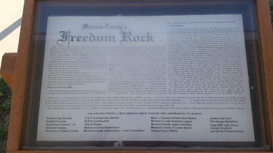 Onawa, IA: Freedom Rock described