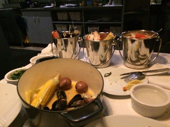 mussel beach restaurant: photo1.jpg