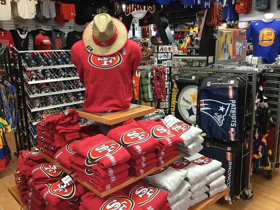 2f8476f4535 49ers gear. - Picture of NFL Shop Pier 39