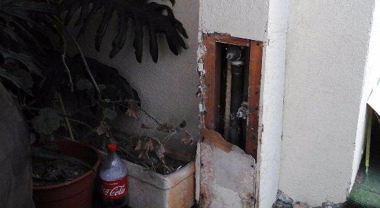 Hotel Cantamar: ZONA DE COCHERAS