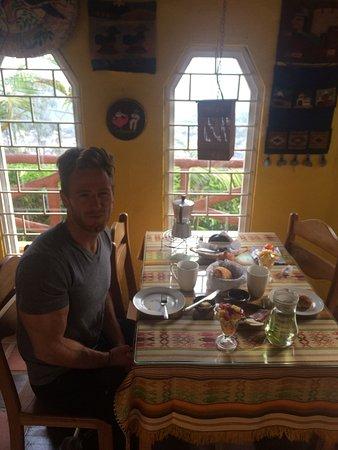 La Casa Amarilla: photo2.jpg