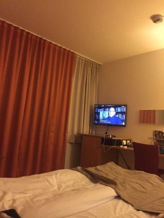Hamar, Norway: Ikke så veldig stort tv akkurat