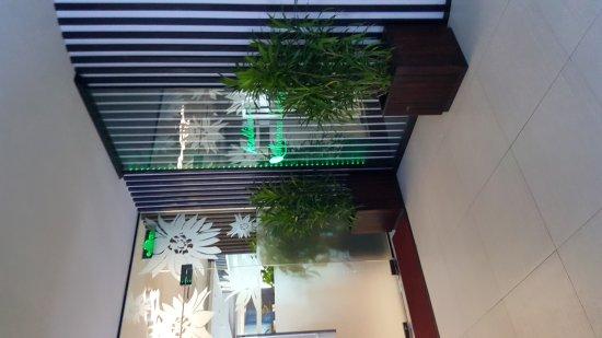 Hulhule Island: Moonimaa Airport Lounge