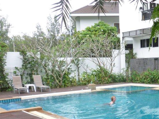 دي أندامان هوتل: Pool