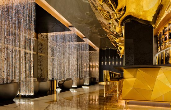 Burj Al Arab Jumeirah: Gold on 27