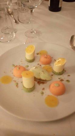 Saint-Maixent-l'Ecole, Francja: dessert