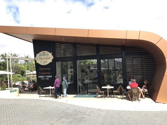 Kerikeri, New Zealand: A eating place attached to the main shop where you can have delights