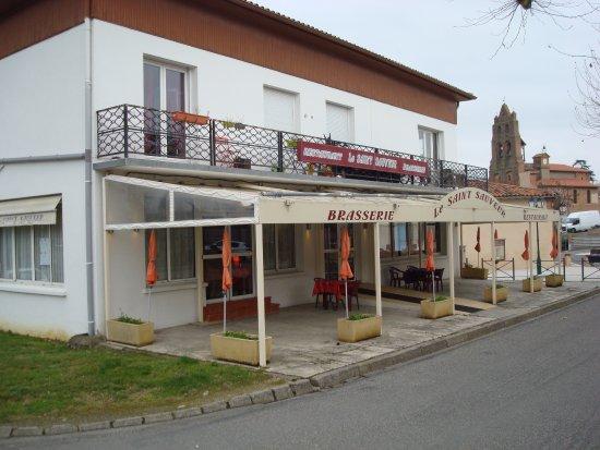Saint-Sauveur, ฝรั่งเศส: Une façade.