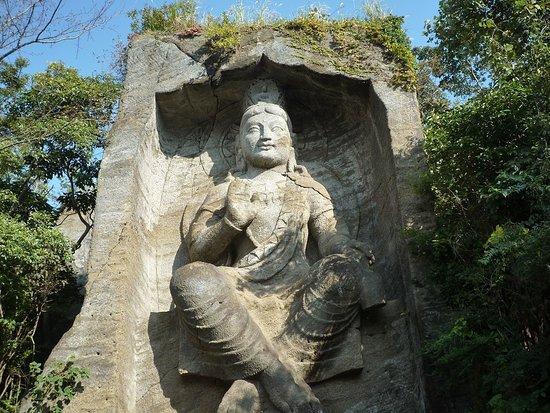 Takatori Magambutsu