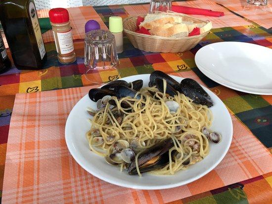 Capannori, Italy: my preferred dish SPAGHETTO ALLO SCOGLIO :)))