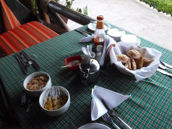 Manyara Wildlife Safari Camp: Anticipo... della colazione....