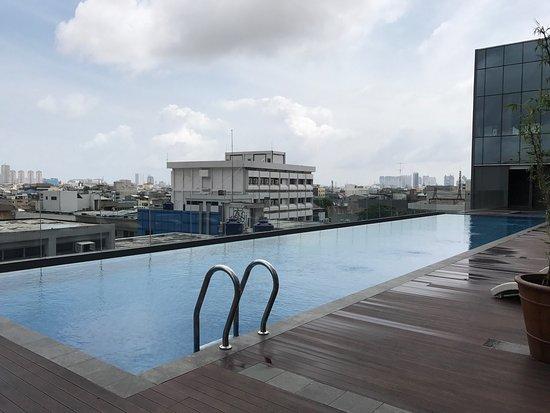 pool on 5th floor picture of harris vertu hotel harmoni jakarta rh tripadvisor ie