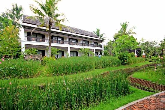 Saraphi, Thailand: chambres classiques, jardin et rizières, situés juste à l'arrière des villas sur pilotis...