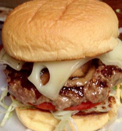 Hopewell Junction, État de New York : mushroom swiss burger