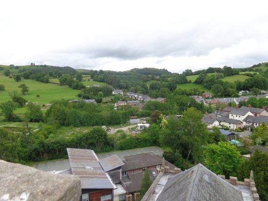 Llanfyllin, UK: Towards The Afon Cain