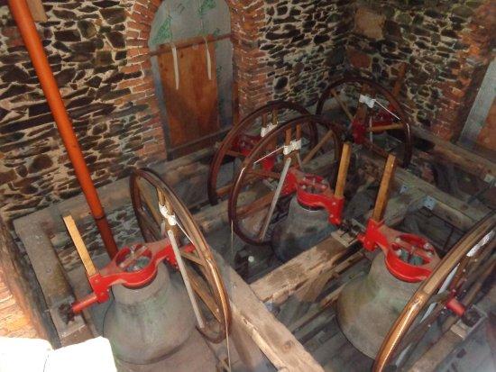 Llanfyllin, UK: Bells In Action