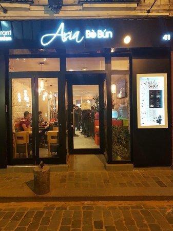 nouveau restaurant vietnamien rue de lappe dans le 11 me arrondissement de paris bastille. Black Bedroom Furniture Sets. Home Design Ideas