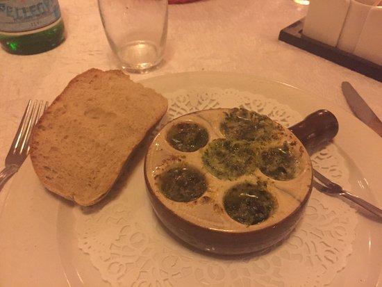 Montagny-les-Beaune, Francia: Des escargots délicieux !