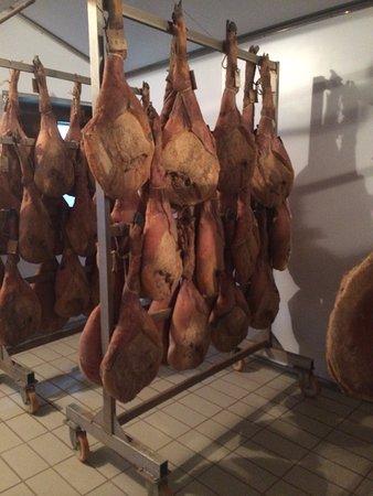 Azienda Agricola Casamonti: Proscuitto