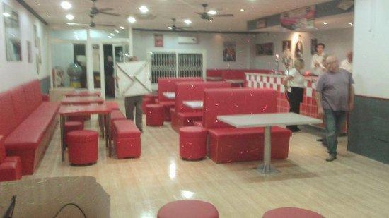 Mazarron, Spain: mid floor booths