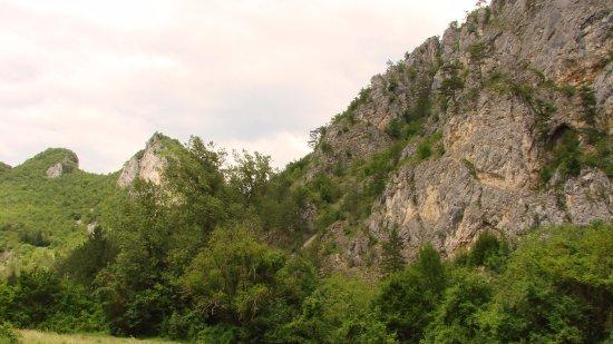 Konjic, Bosnia-Herzegovina: В горах Боснии