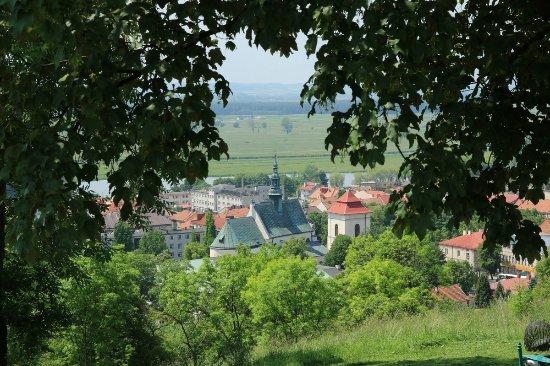 Pinczow, Poland: Widok ze wzgórza na Pińczów