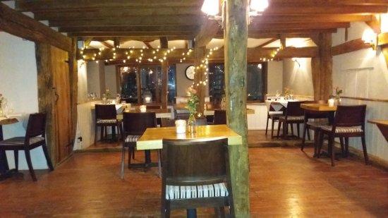 Pluckley, UK: Italian Restaurant at Elvey Farm