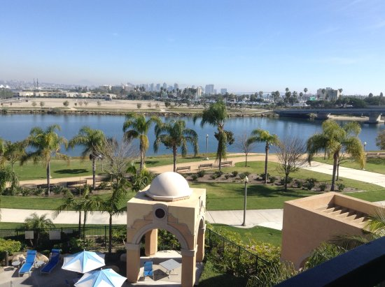 Courtyard San Diego Airport/Liberty Station: Another view from our room showing promenade & downtown