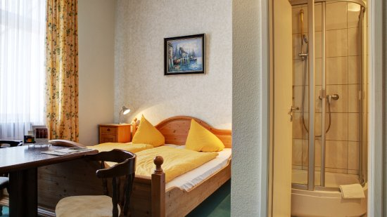 Walluf, Tyskland: Doppelzimmer