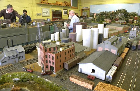 Hendersonville, NC: Part of the HO gauge layout
