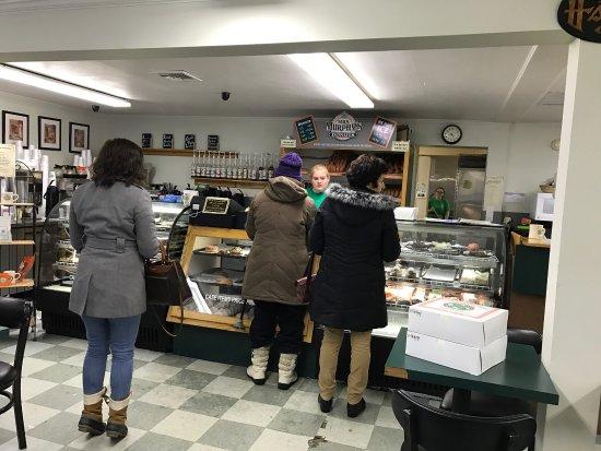Southwick, MA: Mrs Murphy's Donuts