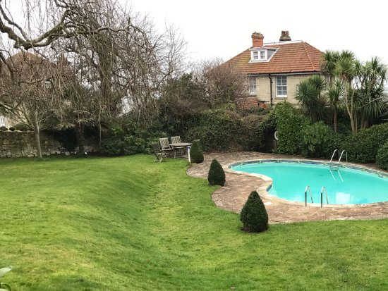 The Royal Hotel: Pool