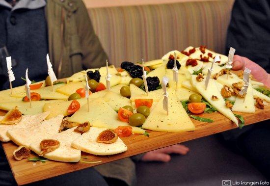 Red Red Wine Bar Zagreb Restaurant Reviews Photos Phone Number Tripadvisor