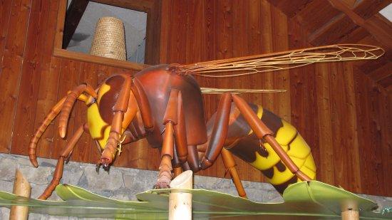 Rousset, France: maquette géante d'insectes