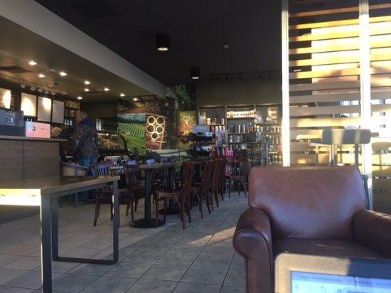 Moses Lake, Вашингтон: Starbucks lobby