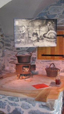Rousset, Frankrijk: reproduction du moulin d'antan