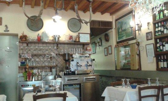 Poggio a Caiano, Italia: interno sala pranzo