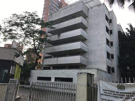 Medellin City Services: House Of Pablo Escobaru0027s Family