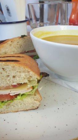 Juniors: Soup-sandwich combo