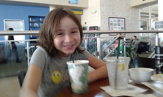 The Hangar Restaurant & Flight Lounge: Brunch with my babies!
