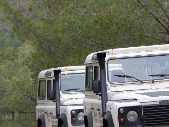 Life Adventure: actividades y tours en todoterreno en Nerja: Land Rover